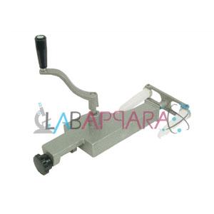 Centrifuge Hand 2 tubes Manufacturer, supplier, exporter